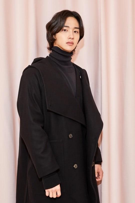 Jang-Dong-Yoon_1.jpg