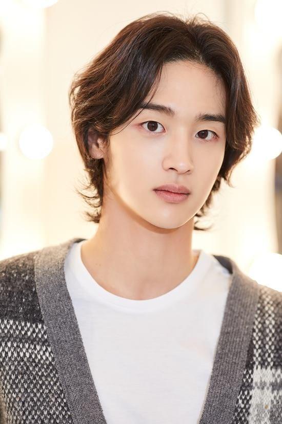 Jang-Dong-Yoon6.jpg