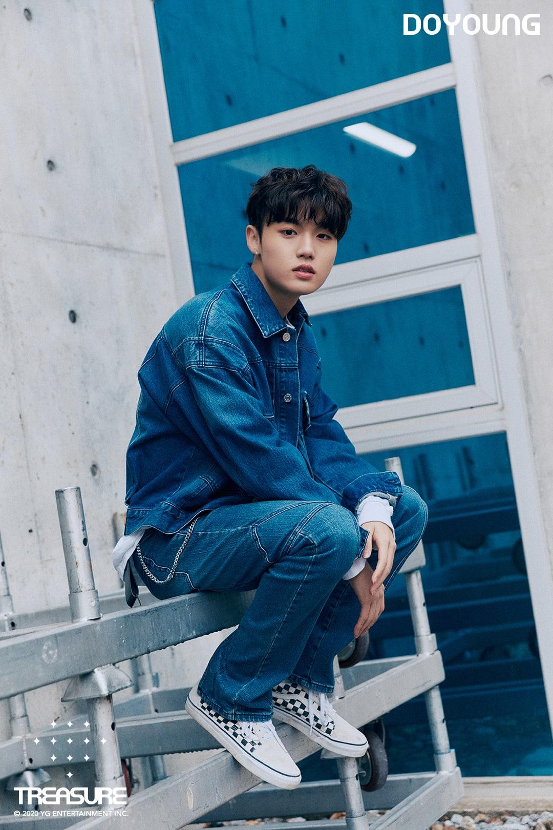 Update Treasure Shares New Group Photo Ahead Of Debut Soompi