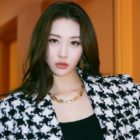Sunmi Confirmed To Be Preparing For Summer Comeback