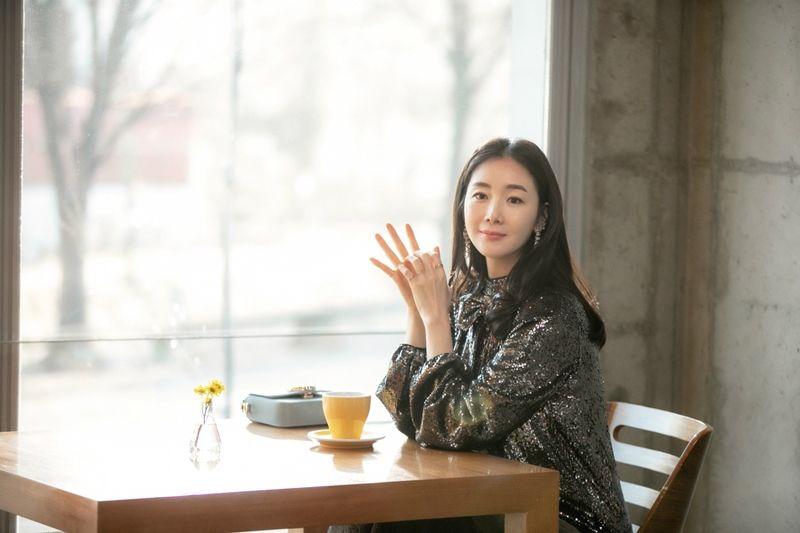 Choi-Ji-Woo-4.jpg