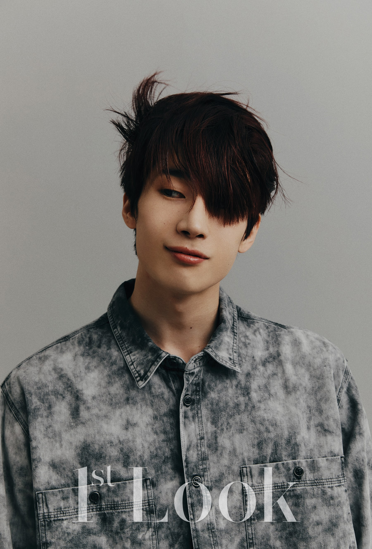 seungwoo--victon--pamer-abs-dan-cerita-keinginan-masa-depan-di-pemotretan-terbaru