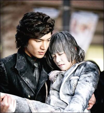 Lee Min Ho dan Go Hye Sun dalam Boys Before Flowers