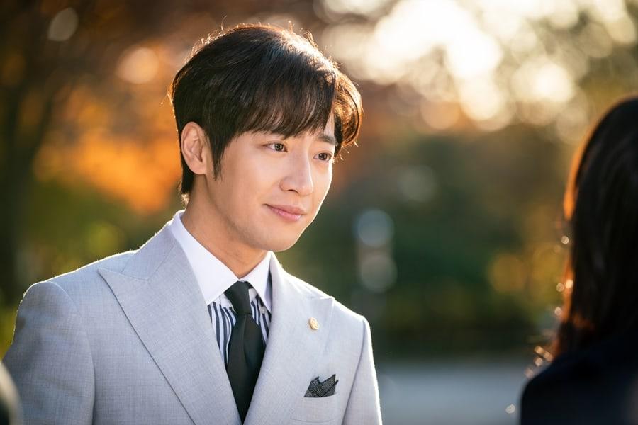 Lee Sang Yeob 1