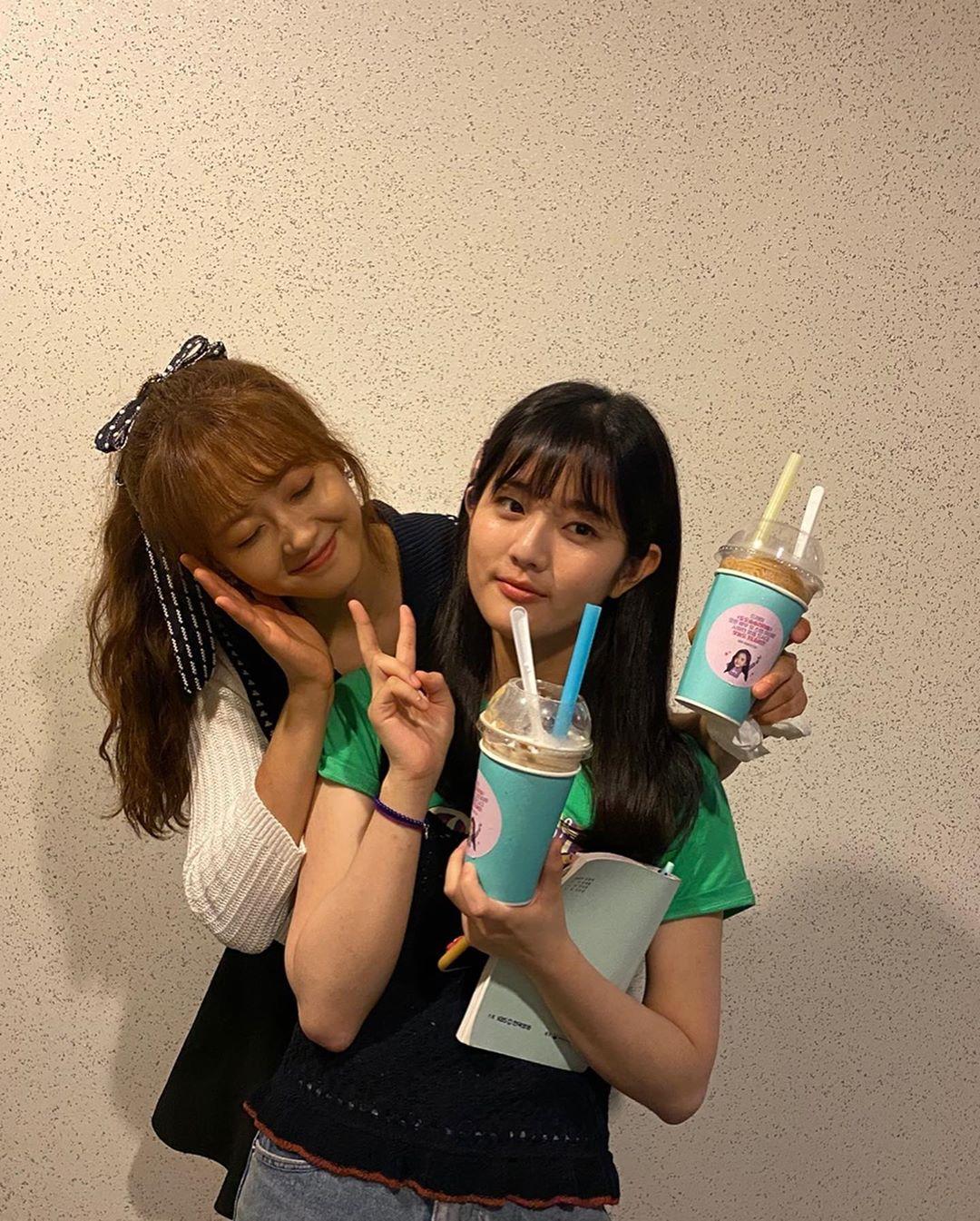 Go Ara Shin Eun Soo 2
