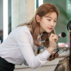 """Park So Dam Is A Makeup Artist Determined To Make Her Dreams Come True In """"Record Of Youth"""""""