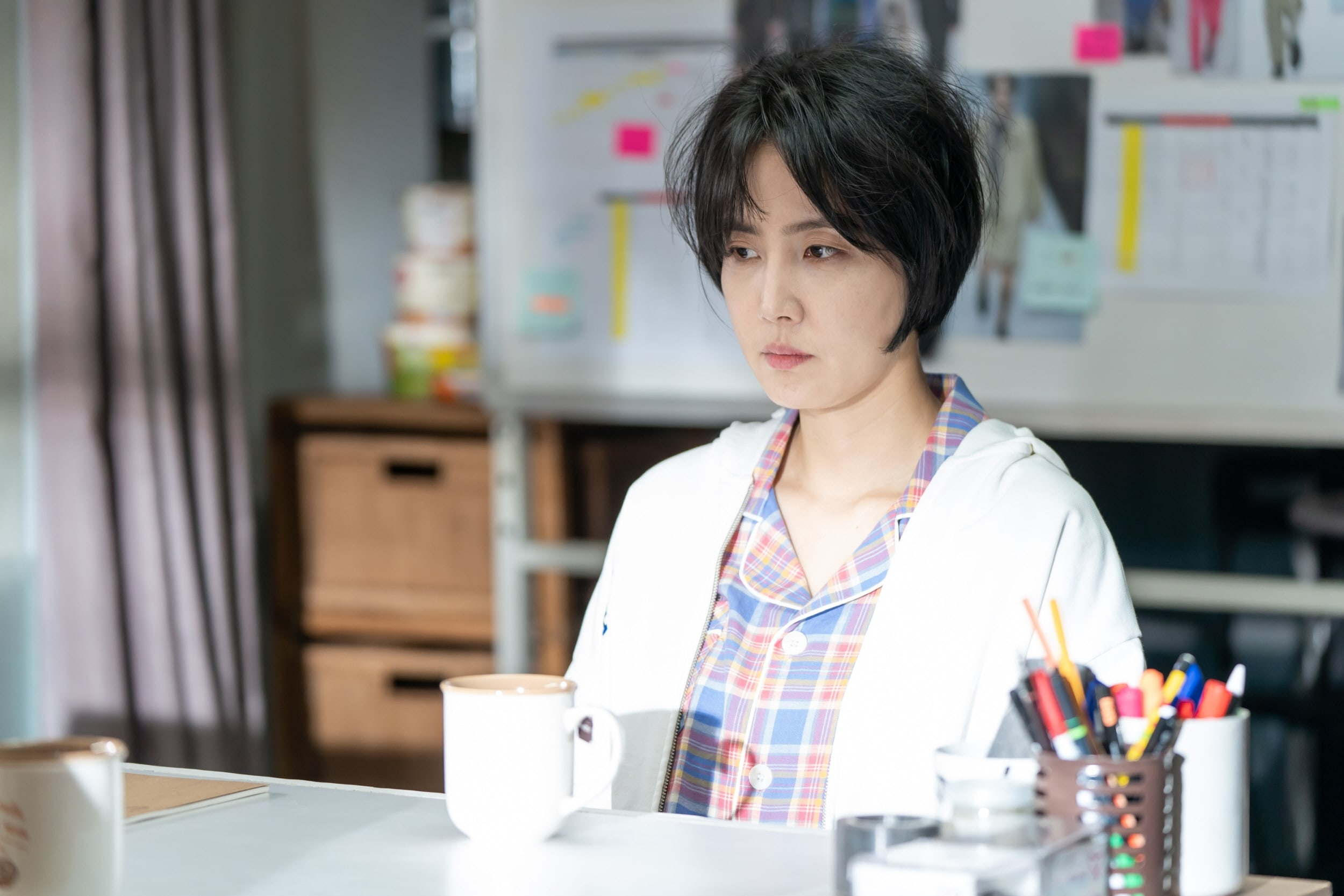 "Park Bo Gum Dan Shin Dong Mi Terlibat Obrolan Serius Dalam Drama ""Record Of Youth"""