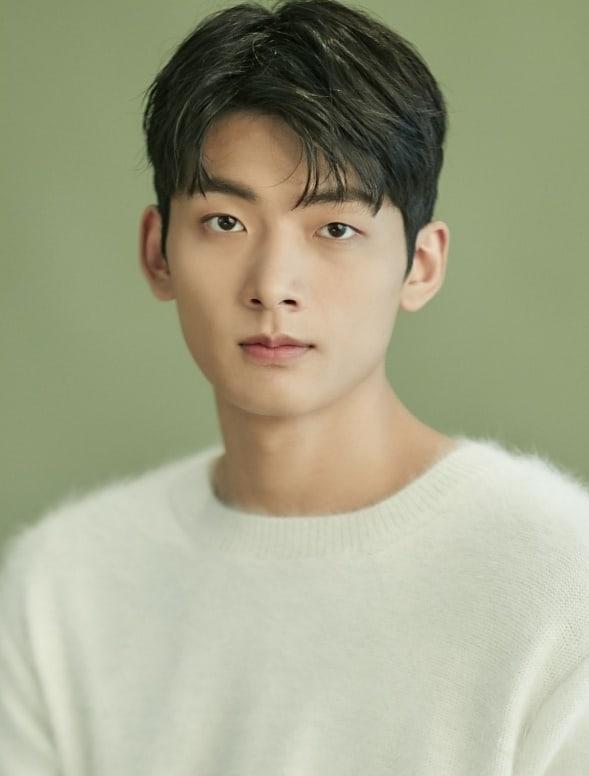Suh Young Joo