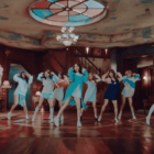 "TWICE's ""TT"" Becomes Their 1st MV To Reach 550 Million Views"