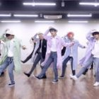 """Watch: TXT Shows Off Their Cool Choreo For """"Blue Hour"""" In High-Energy Dance Practice Video"""