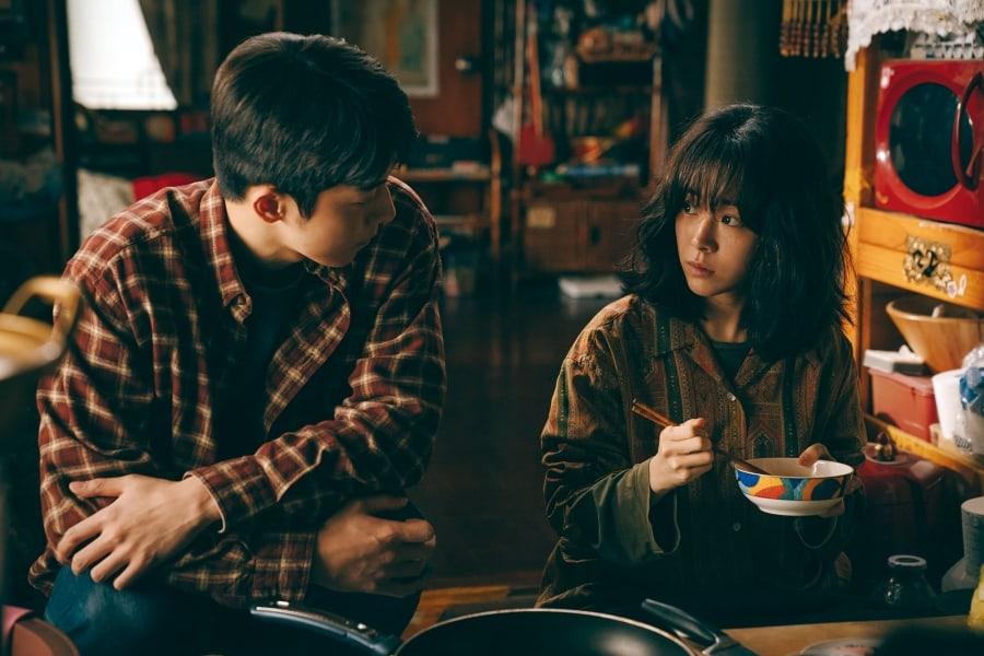 """Nam Joo Hyuk and Han Ji Min in the heartwarming trailer for """"Josee"""""""