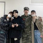 "Key Says ""SHINee's Back"" With Group Photo Following Minho's Military Discharge"