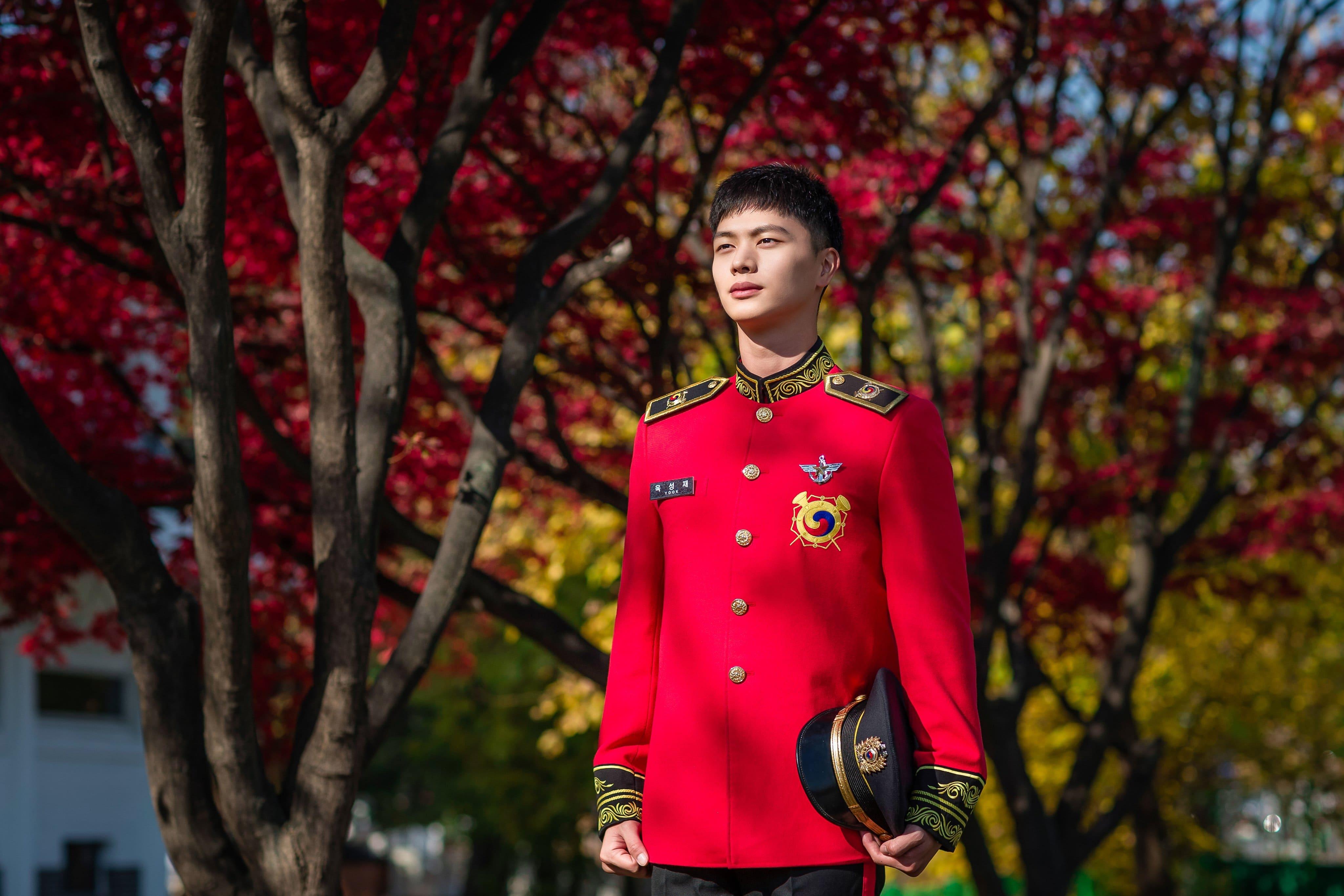 yook sungjae 31 - Militer Ungkap Foto Baru D.O. EXO Dan Yook Sungjae BTOB