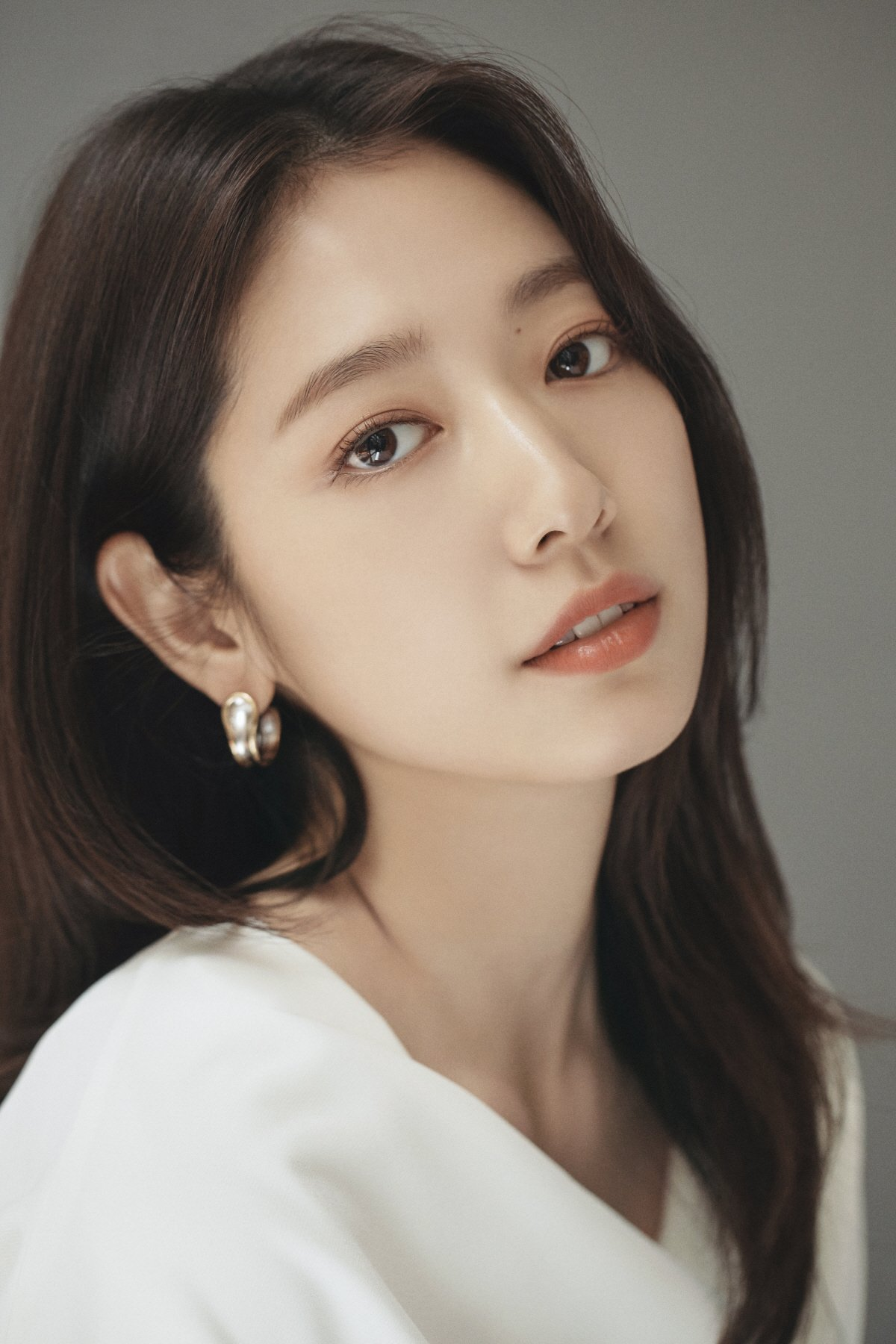 Park Shin Hye Talks About Her New Thriller Film Call