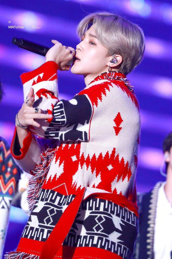 22 K-Pop stars interpret autumn / winter trends