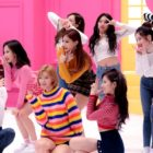 """TWICE's """"Heart Shaker"""" Becomes Their 7th MV To Reach 350 Million Views"""