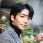 """Hwang Hee Describes Working With """"Tale Of The Nine-Tailed"""" Cast And More"""