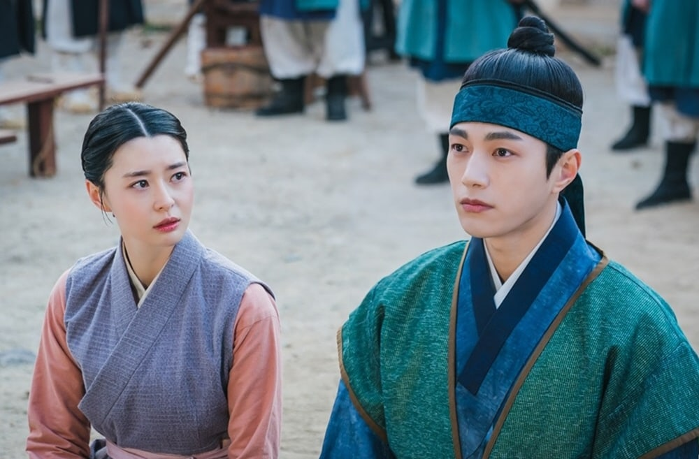 """Royal Secret Agent"": Kim Myung Soo and Kwon Nara face a new situation"