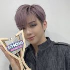 "Watch: Kang Daniel Grabs 2nd Win For ""PARANOIA"" On ""Show Champion""; Performances By Dreamcatcher, ONEUS, CIX, And More"