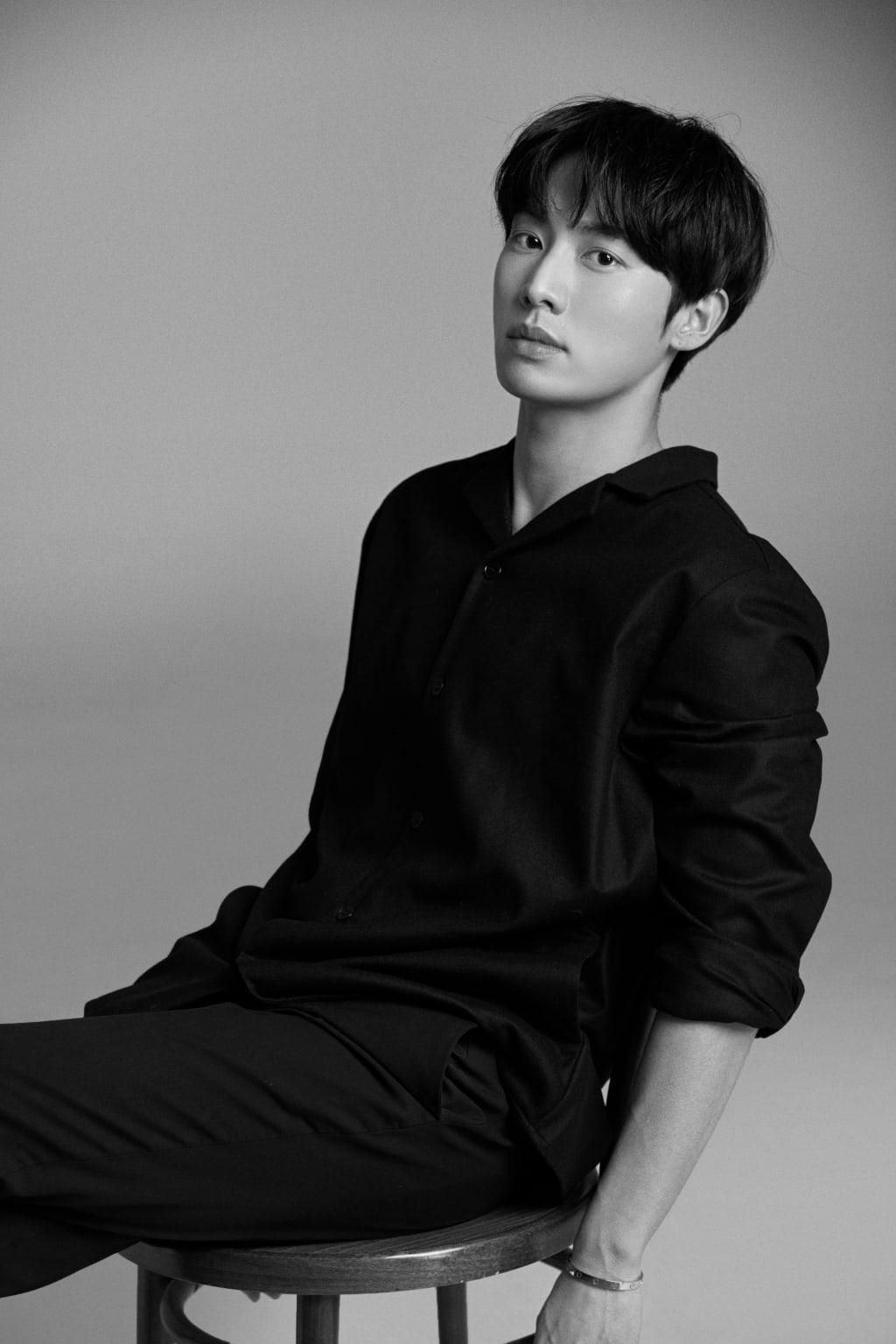 Kwon Hwa Woon 4