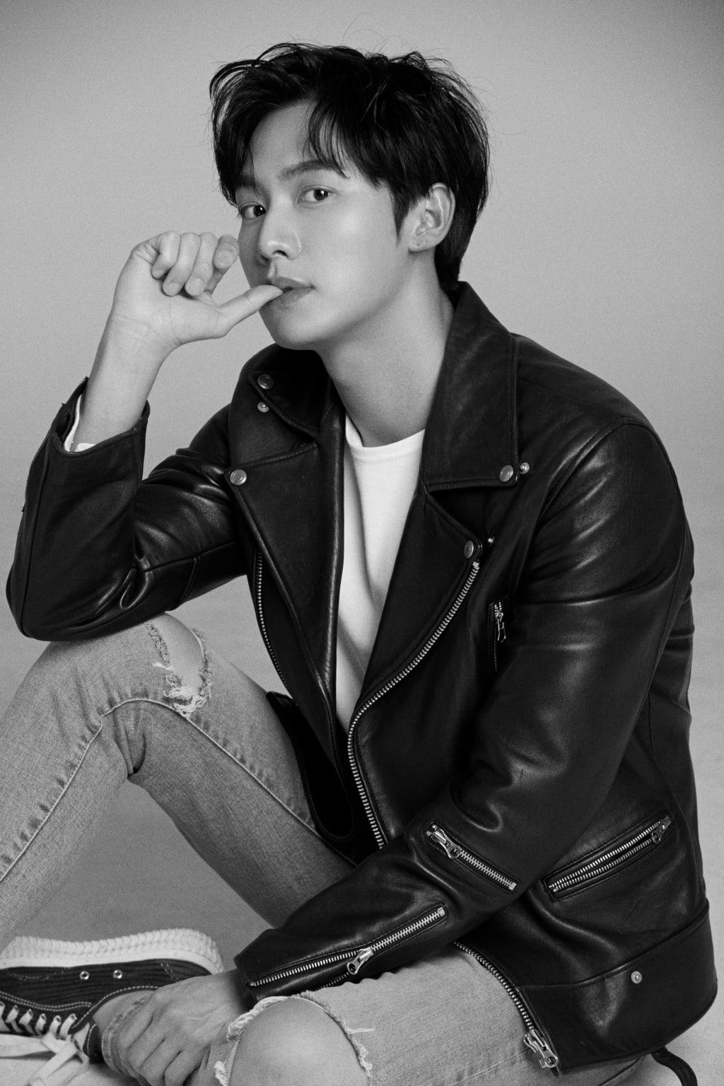 Kwon Hwa Woon 5