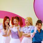 "Watch: ITZY And Second Aunt Kim Da Vi (Kim Shin Young) ""Break Ice"" In MV For Summer Collab"