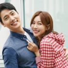 """Lee Sang Woo Talks About Wife Kim So Yeon's """"The Penthouse"""" Kiss Scenes + Meeting Her On-Screen Husbands"""