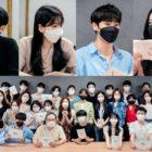"""Kim Yo Han, Cho Yi Hyun, Chu Young Woo, Hwang Bo Reum Byeol, And More Attend """"School 2021"""" Script Reading"""