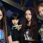 "aespa's ""Savage"" Remains No. 1; Soompi's K-Pop Music Chart 2021, October Week 4"