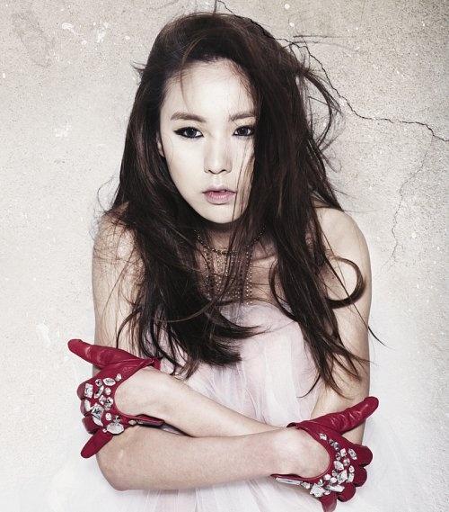 "Kan Mi Yeon Releases Comeback MV ""I Won't Meet You"""