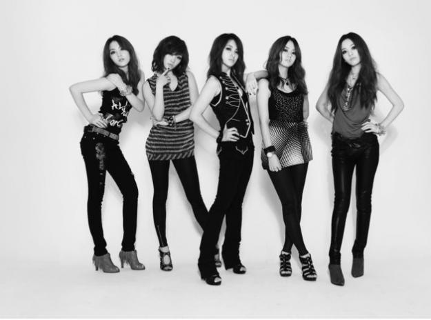 goo-hara-park-gyuri-and-kang-ji-young-shows-off-their-beauties-with-no-makeup-faces_image