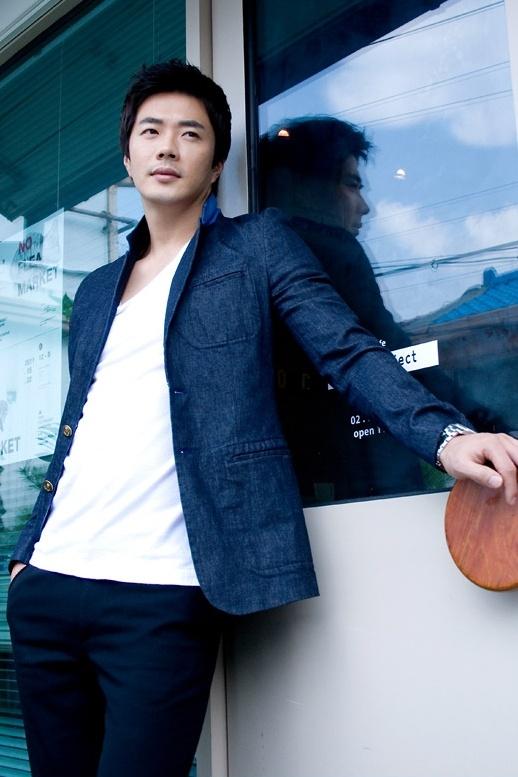 Who Wore It Better? Kwon Sang Woo vs. Yoon Sang Hyun