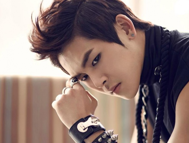 INFINITE's Hoya Talks About Troubled Relationship with His Father