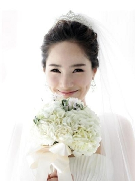 Former KARA Member Kim Sung Hee Ties the Knot!