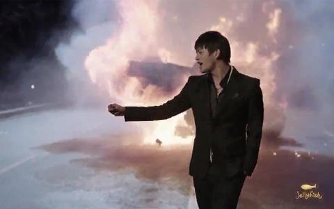 "Seo In Gook Releases Comeback Music Video ""Tease Me"""