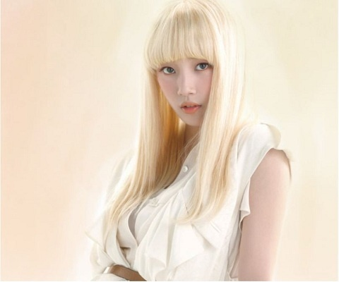 miss A's Suzy Transforms into a Porcelain Doll!