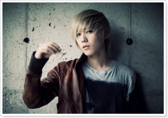 FT Island's Lee Hong Ki Rushed to the Hospital for Stomach Pains