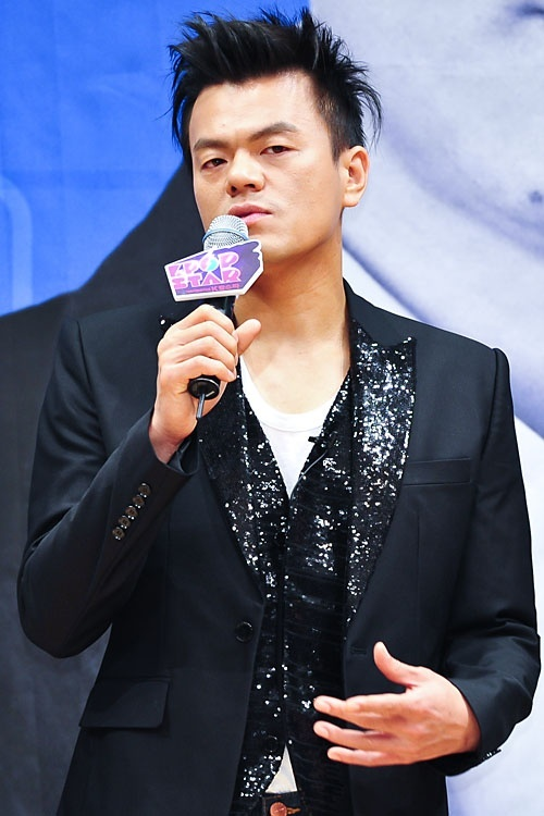 """JYP Dissed by Star Songwriter for SBS """"K-Pop Star"""" Comments"""