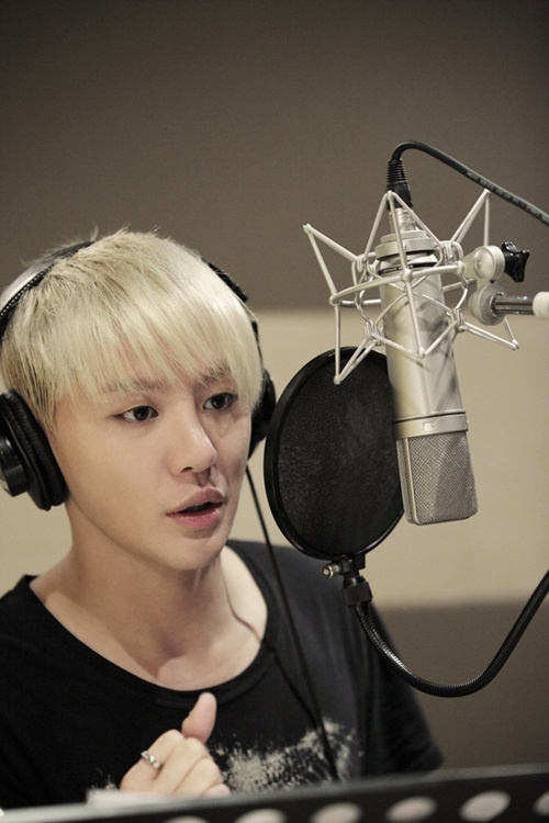 """JYJ Kim Junsu's Solo Album Song to Be on """"Rooftop Prince"""" OST"""