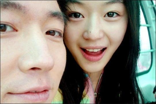 Jeon Ji Hyun and Fiance Enjoy an Opera Date