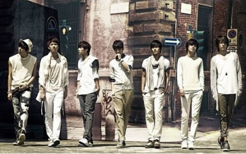 """Infinite Performs """"Only Tears"""" & """"The Chaser"""" for Music Core Comeback"""