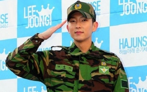 Lee Jun Ki Meets with Fans after Two Years