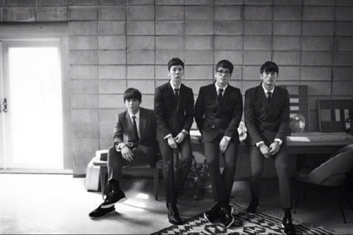 "JYP Artists Show Support for 2AM's ""All-Kill"" Status New Mini-Album"