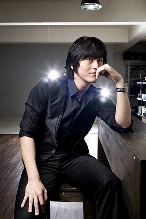 """Ryu Soo Young to Play Journalist in """"Ohjakgyo Brothers"""""""