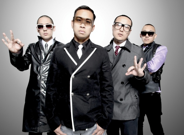 "Far*East Movement ""Like a G6"" Hits #1 on iTunes"