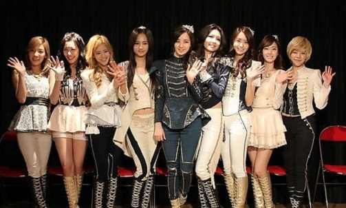 """Girls' Generation Appearance on """"Le Grand Journal"""" and Press Conference Afterwards"""