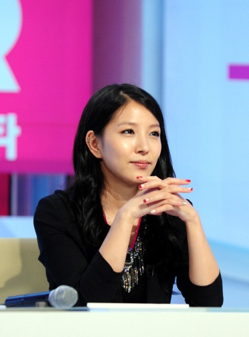 """BoA's First Appearance on Variety Television Through """"Running Man"""""""