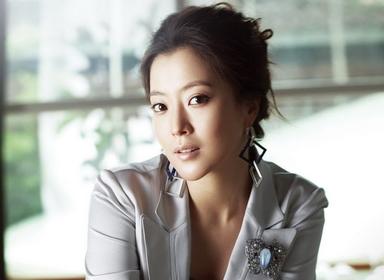 Kim Hee Sun Thought About Retiring Due to Rumors