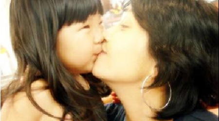 Daughter of Late Actress Choi Jin Shil Breaks Netizens' Hearts