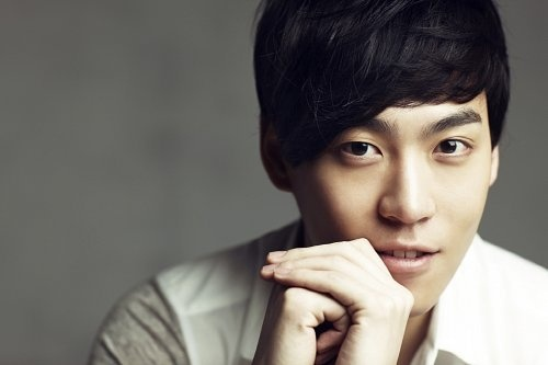 John Park Battles Big Bang for Number One Spot